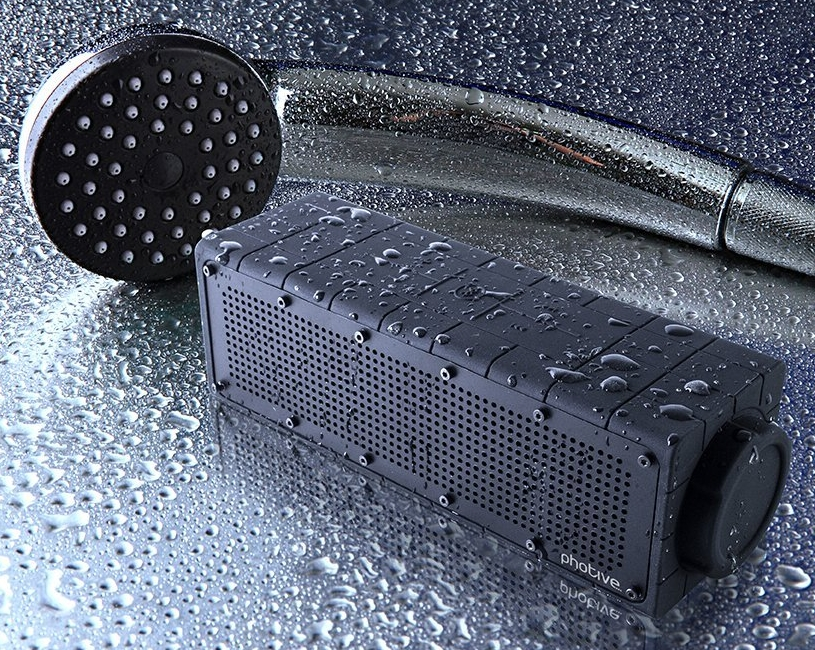 Shockproof and Waterproof Wireless Speaker with latest Bluetooth 4.0 Technology